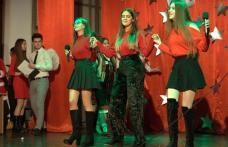 """Magia sărbătorilor a străbătut CN """"Grigore Ghica"""" în cadrul spectacolului """"Crăciun la Ghica """" – FOTO"""