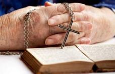 """Părintele Cleopa ne învață rugăciunea în câteva cuvinte: """"Minunile vor apărea în viața ta dacă o rostești"""""""