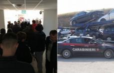 Marea radiere. De ce românii din Italia iau cu asalt Serviciile de Înmatriculări pentru a-şi radia vehiculele