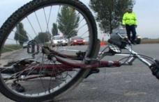 Biciclist băut, accidentat de un autoturism pe raza localităţii Ungureni