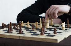 """Campionat de șah la Colegiul Național """"Grigore Ghica"""" Dorohoi - FOTO"""