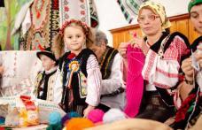 Tradiția continuă: Şezătoare la Căminul Cultural din Vârfu Câmpului – FOTO