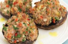 Ciupercuțe umplute cu carne tocată