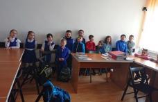 """Școala """"Mihail Kogălniceanu"""" Dorohoi: Tranziția de la grădiniță la școală. Cum ne pregătim copiii?"""