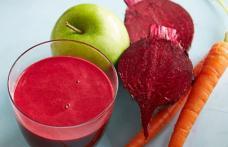 Care sunt efectele benefice ale consumului de suc din morcovi, mere și sfeclă