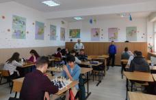 Bătălie între 65 de şahişti mai mici sau mai mari din județul Botoșani - FOTO
