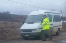 Mercedes cu documente false, depistat în trafic de către poliţiştii de frontieră din Dorohoi