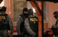 Percheziţii la Săveni şi Avrămeni. Ţigări de contrabandă confiscate de poliţişti