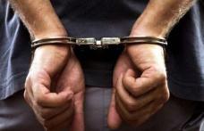 Un individ plasat sub control judiciar a continuat să fure şi a ajuns în arestul poliției