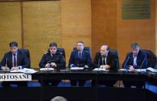 Instruiri cu primarii şi secretarii din judeţ în vederea organizării alegerilor europarlamentare - FOTO