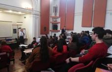 "Global money week la Colegiul Național ""Grigore Ghica"" Dorohoi - FOTO"