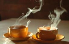 Băuturile fierbinți cresc riscul de cancer