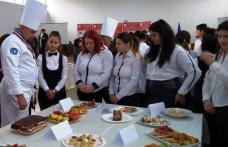 """Inspirație și bun gust în arta culinară, la Liceul Tehnologic """"Alexandru Vlahuță"""" Șendriceni"""