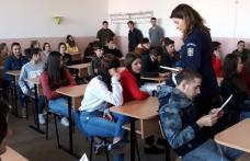 Activităţi preventive în rândul elevilor din Dorohoi și Pomîrla
