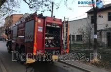 Incendiu într-o clădire dezafectată din Dorohoi. Pompierii au prevenit extinderea flăcărilor - FOTO