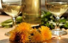 Cum se prepară vinul medicinal din flori de păpădie