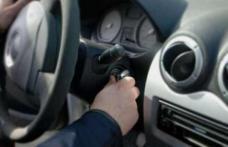 O femeie a sunat la Poliţie după ce i-a dispărut maşina din parcare. Vezi ce au descoperit oamenii legii!