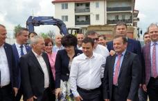 Ministrul Daniel Suciu a semnat astăzi la Dorohoi mai multe contracte privind realizarea unor obiective de investiții - FOTO