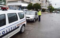 Depistat în timp ce circula pe o stradă din Dorohoi, la volan fără permis și cu autorizația expirată