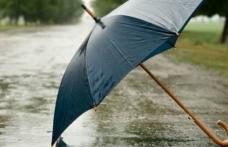Începe să se încălzească, dar ploile rămân sâcâietoare - prognoza meteo pe două săptămâni