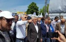 """Călin Popescu-Tăriceanu la marșul împotriva abuzurilor: """"Împreună putem și trebuie să reușim ca fiii securiștilor noștri să nu devină securiștii copii"""