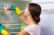 La ce ar trebui să fii atentă când cureți frigiderul și congelatorul