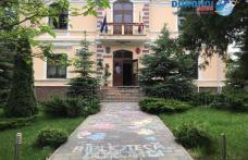 """Biblioteca Municipală Dorohoi a fost cuprinsă de voie bună în cadrul activității """"Cântec și culoare"""" - FOTO"""
