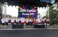 Spectacol susținut de copii talentați în prima zi la Zilele Copilului Dorohoi 2019 - FOTO