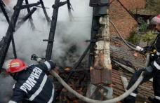 Păgubiți de foc! Două familii din Suharău și Guranda au rămas fără acoperiș deasupra capului