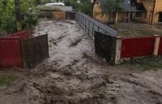 Dezastru provocat de furtuni în județul Botoșani. Zeci de apeluri de la cetățeni - FOTO