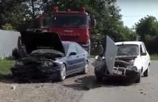 Accident pe drumul național Dorohoi – Darabani! Ciocnire frontală între un BMW și o Dacia