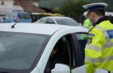 Tânăr din Botoșani, cercetat de polițiști. A condus, băut, o mașină fără numere de înmatriculare