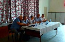 Autorităţile din zona de supraveghere impusă de focarul de PPA de la Hăneşti, convocate la o întâlnire de urgenţă