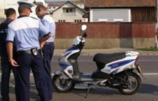 Botoșănean cercetat de polițiști. A condus, fără permis, un moped neînmatriculat