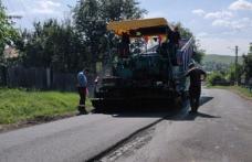 """Vicepreședintele CJ Botoșani """"Lucrările pe drumurile județene evoluează conform graficului stabilit"""" - FOTO"""