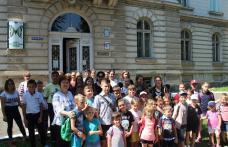 """Proiect educațional """"Copacul Prieteniei"""": Centrele de zi pentru copii Dumbrăvița și Ibănești – Centrul de zi pentru copii """"Jurjac"""" Dorohoi - FOTO"""