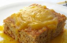 Prăjitură de mere și sos de lămâie