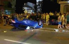Mașină răsturnată în centrul Botoșaniului! Un obiect căzut din mașină a creat panică printre martorii accidentului