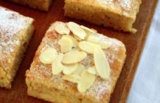 Prăjitură cu mere rase