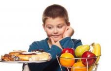 Ce este cel mai bine să mănânce copiii de vârsta școlară