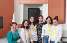 Program festiv, cu ocazia împlinirii a 612 ani de la prima atestare a Dorohoiului, cu elevii școlilor și liceelor din municipiu - FOTO