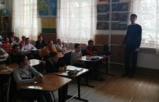 """Ziua Europeană a Limbilor la Școala Gimnazială """"Dimitrie Pompeiu"""" Broscăuți - FOTO"""