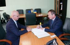 A fost semnat contractul pentru proiectul modernizarea ambulatoriului din cadrul Spitalului Municipal Dorohoi - FOTO