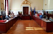 Semnare contracte subvenție, finanțate în cadrul Concursului de planuri de afaceri Business Start Dorohoi – FOTO