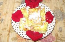Plăcintă creață cu brânză dulce și stafide