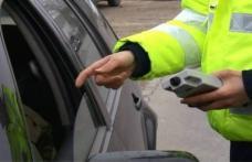 Șofer beat la volan, dat pe mâna Poliției de ceilalți participanți la trafic