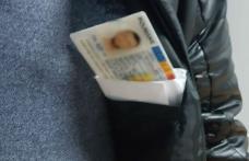 Carte de identitate falsă cumpărată cu 100 de euro, descoperită la controlul de frontieră