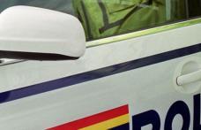 """Un tânăr băut """"bine"""" s-a ales cu dosar penal după ce a lovit cu maşina un autoturism parcat"""