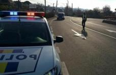 Șofer urmărit de polițiști după ce nu a oprit la semnalele oamenilor legii