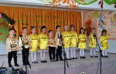 """Festival concurs regional """"Toamna în cântec și culoare"""" la Grădiniţa cu P.P. nr. 8 Dorohoi - FOTO"""